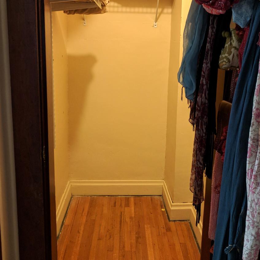 Linen Closet (Before)