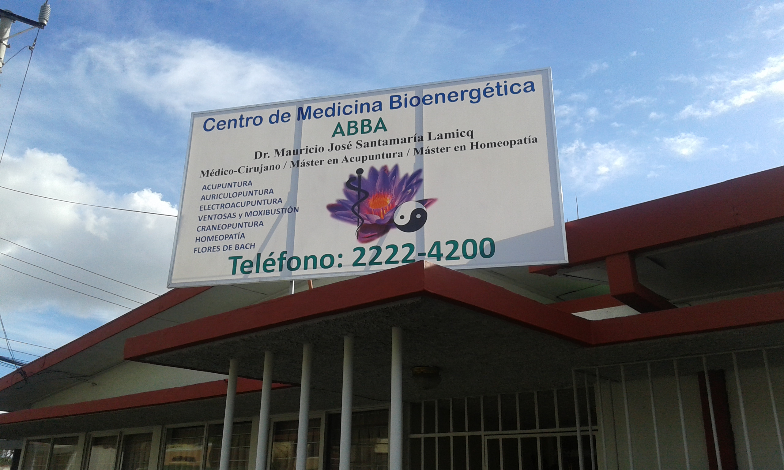 Rótulo Servicios Médicos.