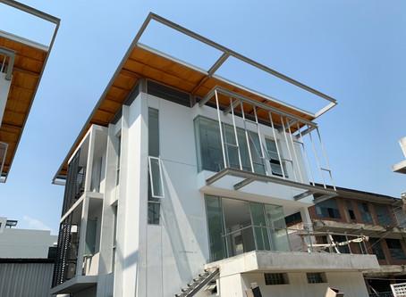 ผลงานติดตั้งประตูอลูมิเนียม หน้าต่างอลูมิเนียม โครงการมานัสวิลล่า ซอยศูนย์วิจัย