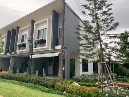 โครงการบริททาเนีย เมกะ บางนา BRITANIA MEGA BANGNA - ผลงานติดตั้งประตูอลูมิเนียมและหน้าต่างอลูมิเนียม