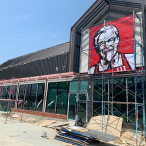 ผลงานติดตั้งประตูอลูมิเนียม หน้าต่างอลูมิเนียม ร้าน KFC @ปั๊มน้ำมัน ปตท. บางนา กม.34