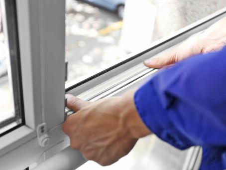 รับสมัครเจ้าหน้าที่ติดตั้งและประกอบประตู-หน้าต่างอลูมิเนียม