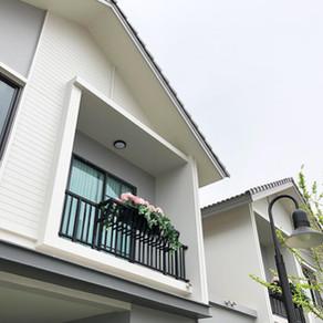 ผลงานติดตั้งประตูอะลูมิเนียมและหน้าต่างอะลูมิเนียม โครงการบริททาเนีย บางนา BRITANIA BANGNA