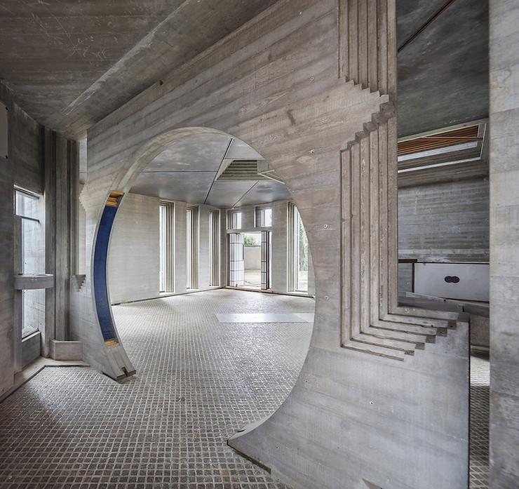 Interior portal/antechamber in the chapel. Photo ©Darren Bradley