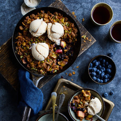 Baileys Apple Berry Skillet Crumble