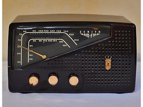 Vintage 1957 Zenith radio