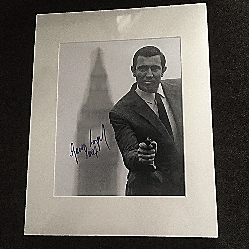 George Lazenby 007 signed 8x10