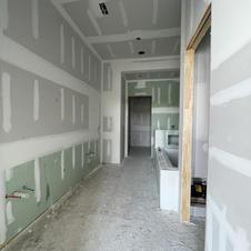 C402 Master Bathroom