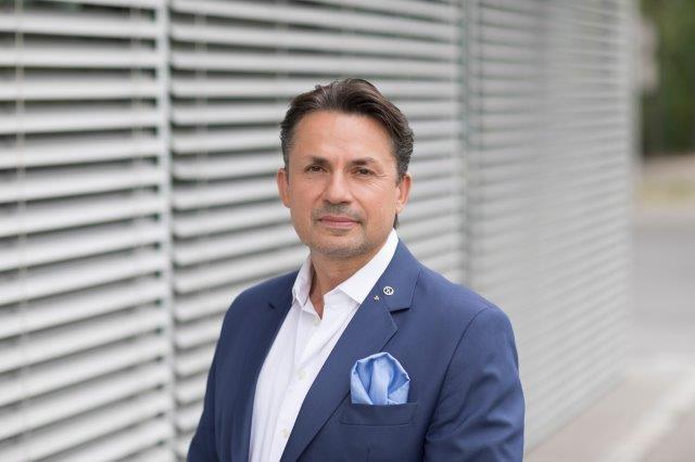 Holger Thorsten Schubart, Neutrino Energy Group, Neutrinovoltaic, графен