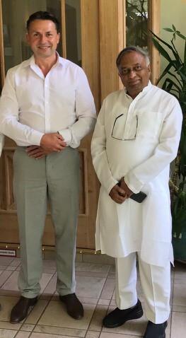 Holger Schubart, Vijay Pandurang Bhatkar
