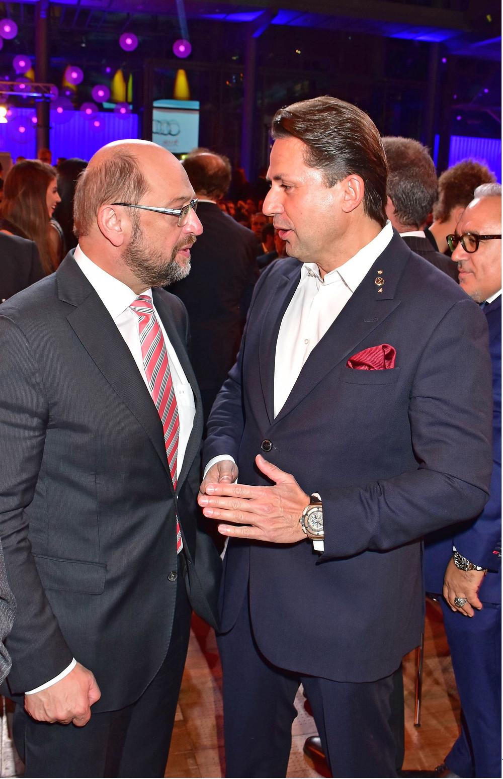 Martin Schultz экс-Председатель Европейского Парламента и Holger Thorsten Schubart генеральный директор Neutrino Energy Group