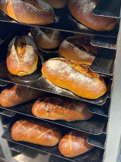 パン焼き上がり.jpg