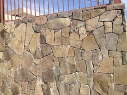 basaltos-y-piedras-naturales-producto-39-muro-piedra-laja-510x382