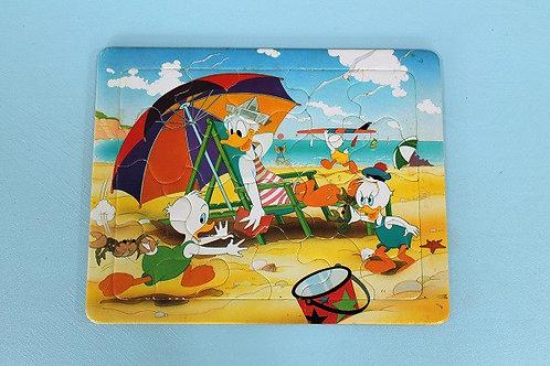 Puzzle Donald et ses neveux à la plage