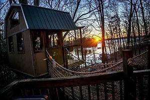 Treehouse_Lake_Small.jpeg