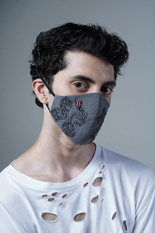 INSECT BITING LEAVES MASK - SMK020/M