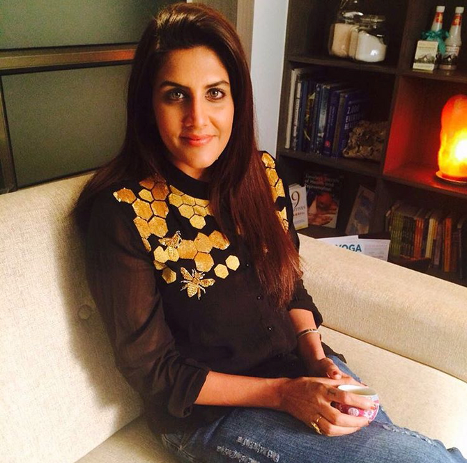Ambika Anand Looks Poised As Always In Our Hand Embroidered Honey Comb Shirt #shahinmannan