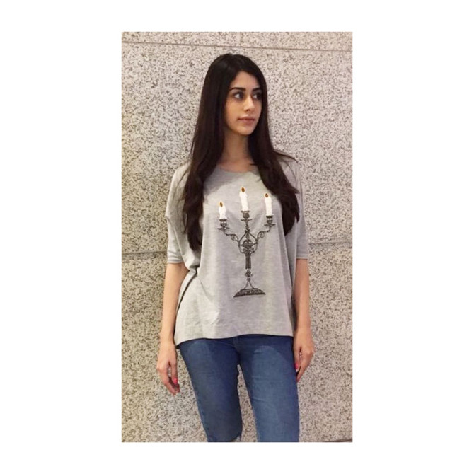 Acress Warina Hussain In Our 'Candle Stand Loose Top'