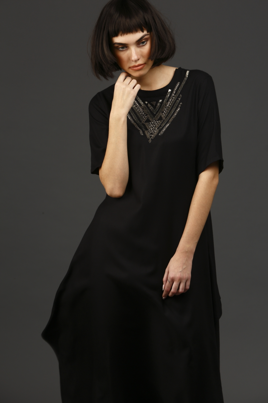 Asymmetric long tunic