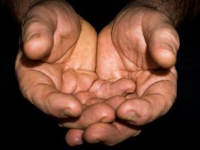 Jeu avec les mains