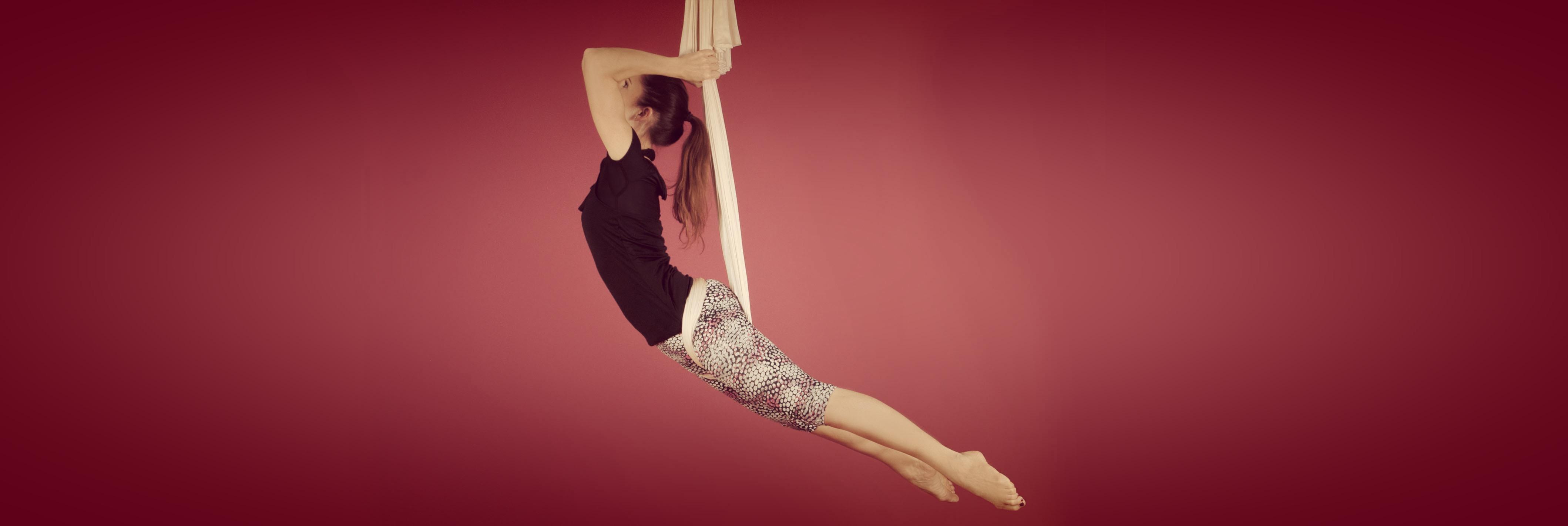 Studio-Elodie-Murnau-Aerial-Yoga-02