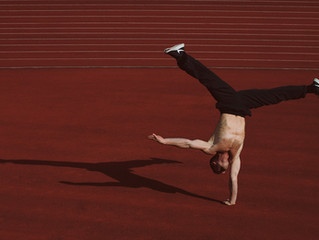 Star Workshops: Handstand Body Control und Stretch & Fly mit Slava Popov am 08.02.2020