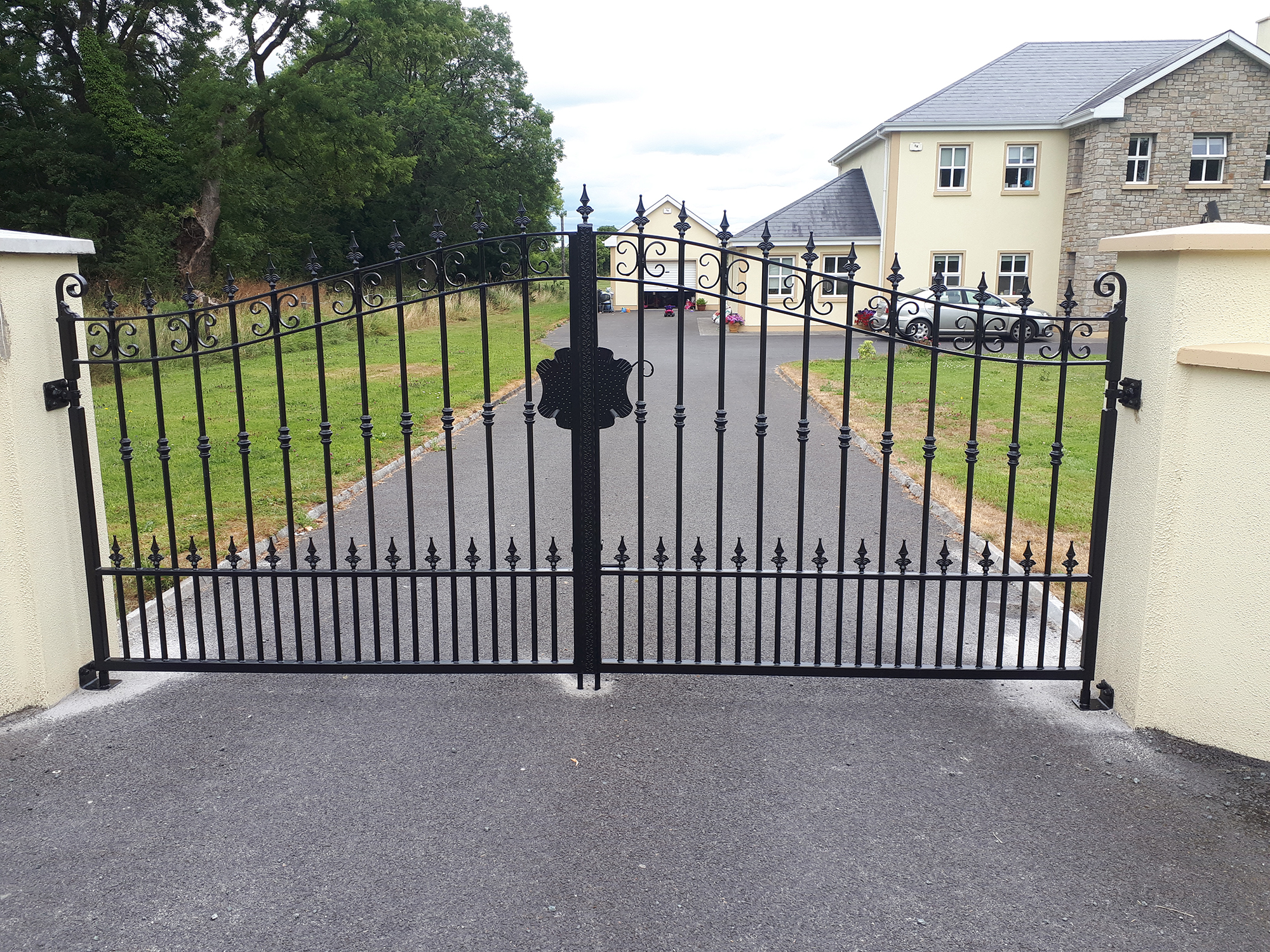Gates Lanesborough