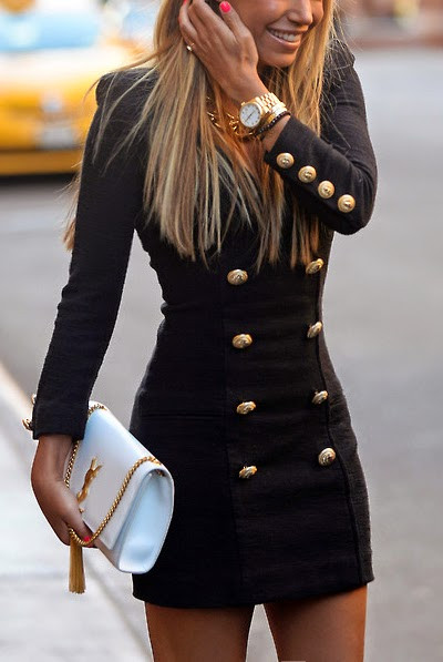 How to Wear Short Dress in Winter and not to Get Cold?