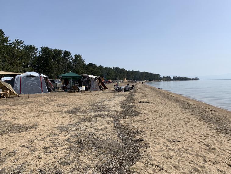 琵琶湖目の前のテントサイト
