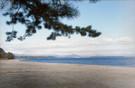 オフシーズンは静かな浜辺