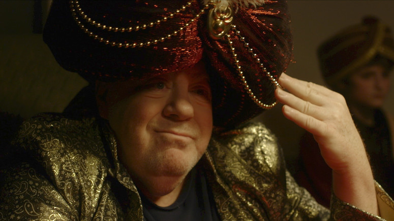 George Wendt as The Great Kazoo