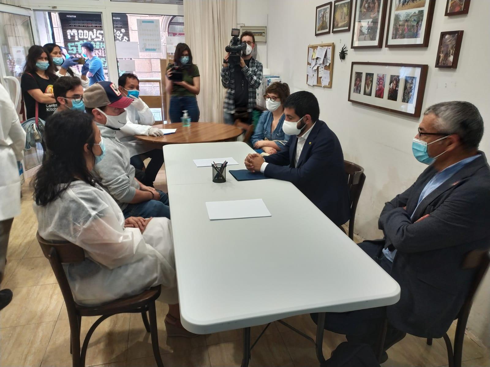 Taula de reunió amb els Consellers de la