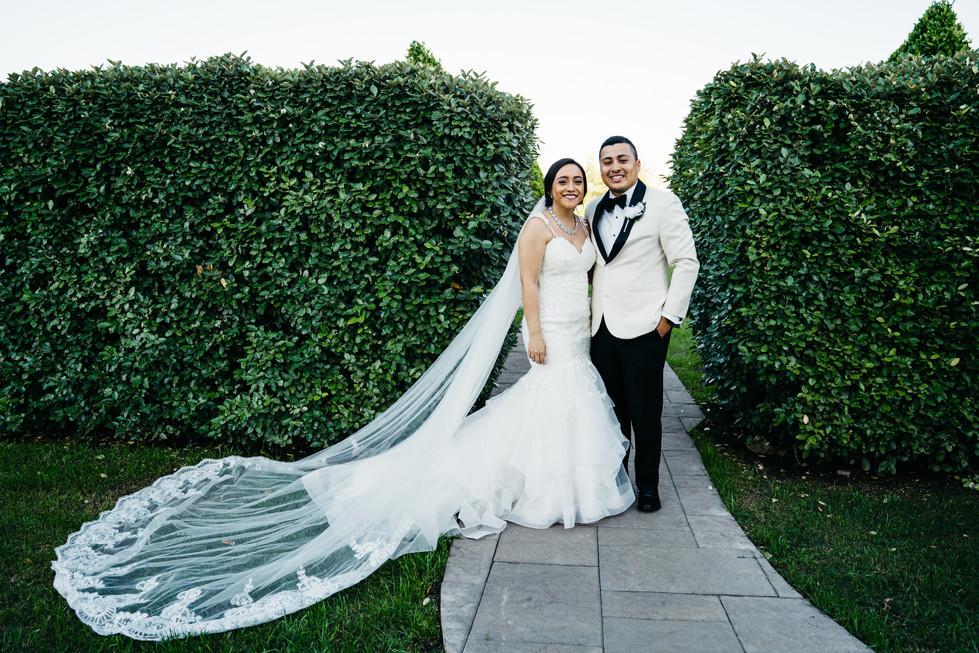 Bride and Groom in Garden | Wedding Photography | Chromatone Studios