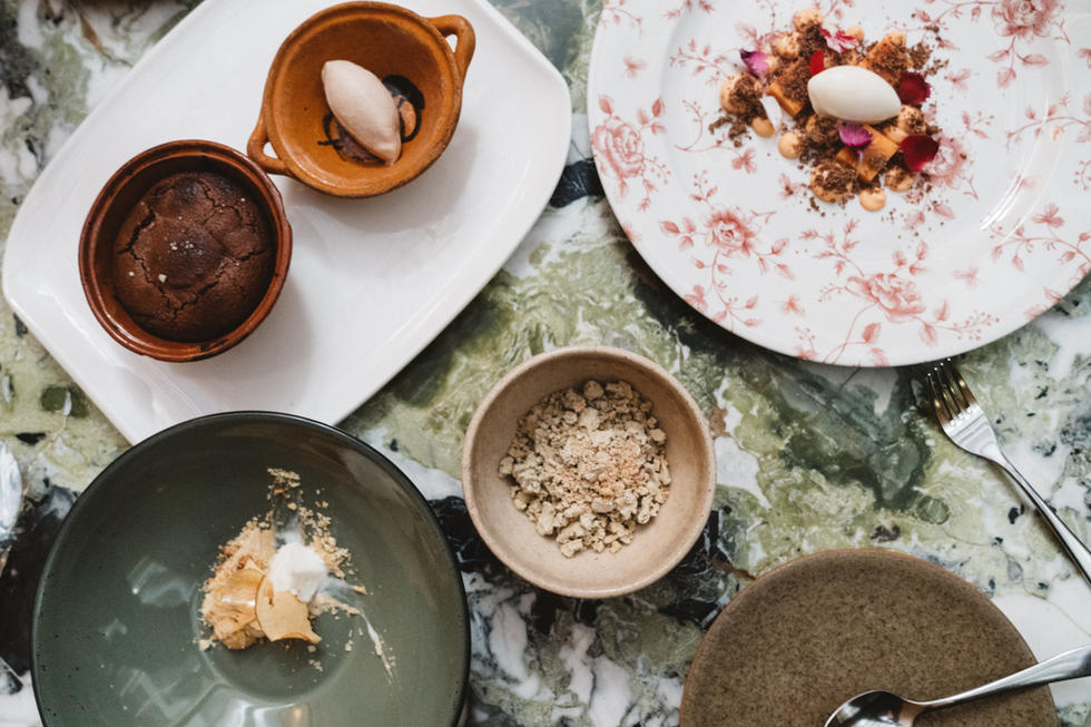 Fine Dining Desert | Food Photography | Chromatone Studios