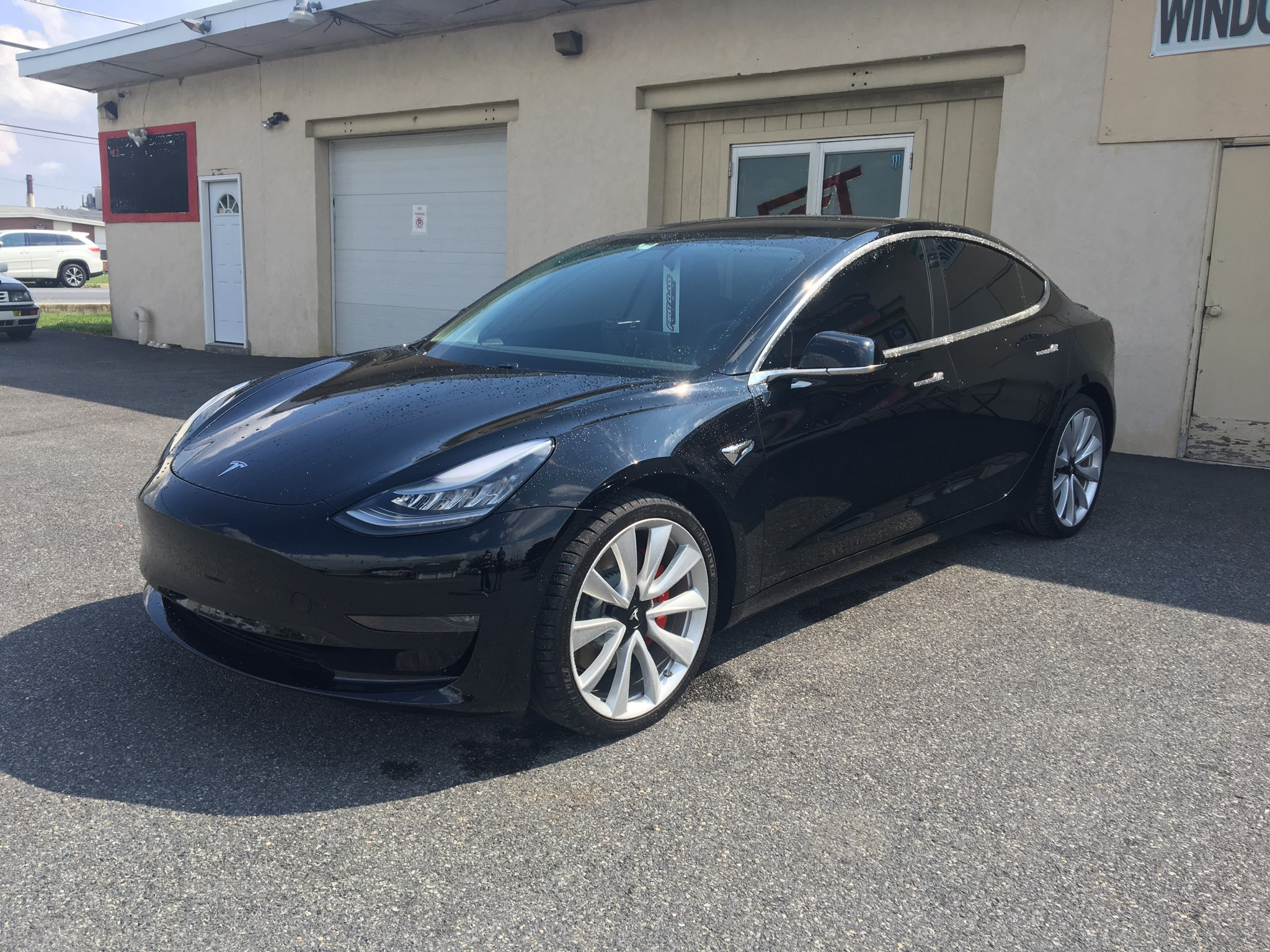 Tesla Model 3 - Derek