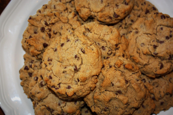 the BEST Vegan & Gluten-free Chocolate Chip Cookies