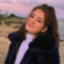 Lauren Photo.jpg