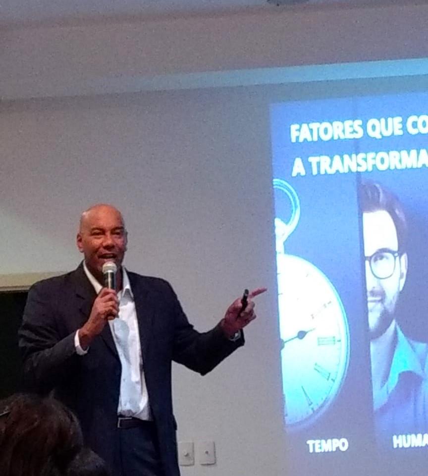 Porf. Dr. Felipe Chibás