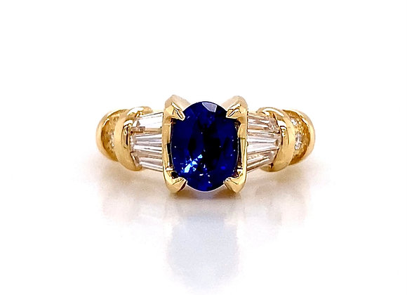 18kt Yellow Gold 2.59ctw Sapphire and Diamond Side Stone Ring