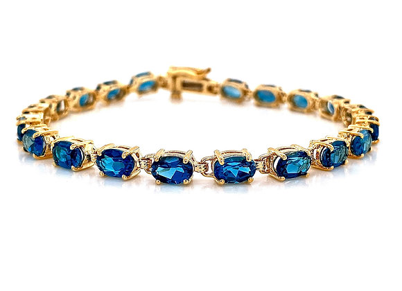 14kt Yellow Gold 10.54ctw Blue Topaz Bracelet