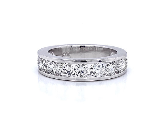 14kt White Gold 1.84ctw Round Diamond Channel Band