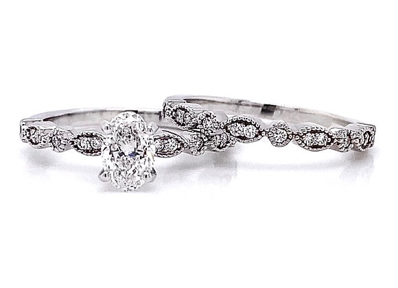 14kt White Gold 0.78ctw Oval Cut & Round Diamond Wedding Set