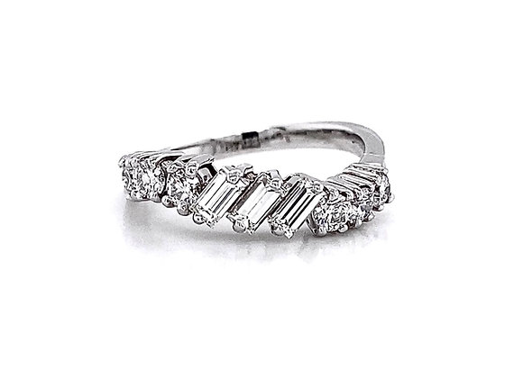 14kt White Gold 0.84ctw Baguette and Round Diamond Band