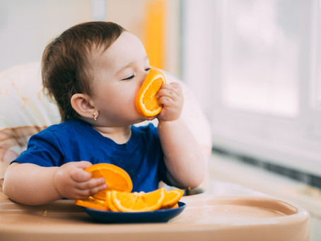 Saúde e nutrição - Conheça o que é o método BLW e como introduzir na alimentação do seu bebê