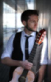 Hiroshima Guitar and Ukulele Music Lessons