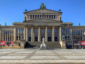German government pledges €2.5 billion in emergency funds for the arts