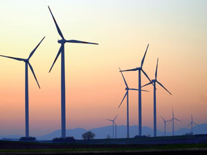 Weekly update: wind and solar installations plummet, climate activist Lisa Neubauer speaks out