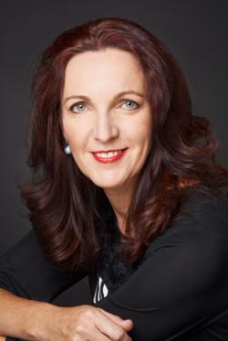 Fiona Loader Bio Pic.JPG