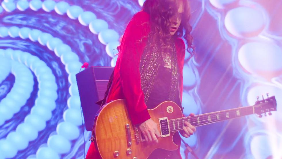 _Ali Guitar 3.jpg