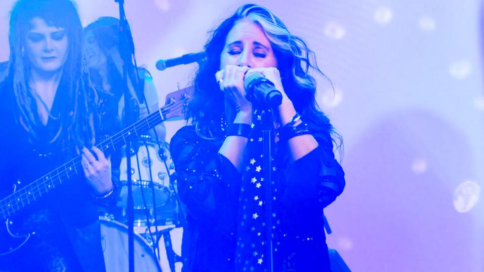 _Susie Harmonica 2.jpg